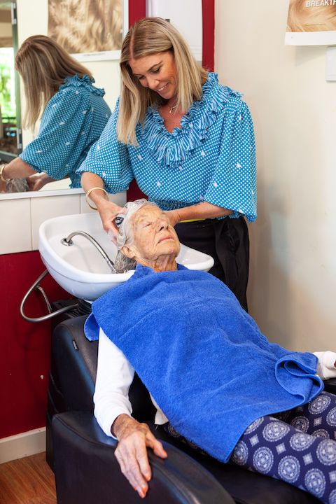 Volunteer Hairdresser