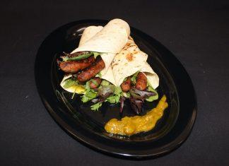 Vince's Garreffas Beef Sausage Wraps