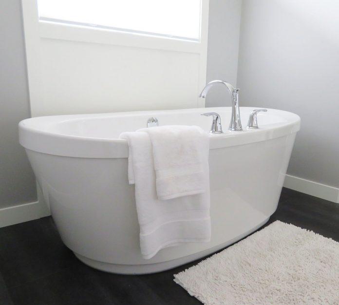 A hot bath reduces the risk factors for type 2 diabetes