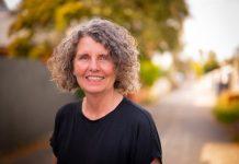 Associate Professor Christina Pollard