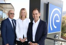 ESIA Chairman of the Board John Schaffer, ESIA CEO Sandra Bellekom and Justin Langer