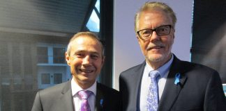 Alzheimer's WA's Warren Harding, and Deputy Premier and Health Minister Roger Cook
