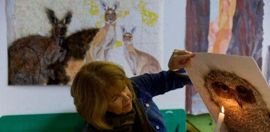 Cowaramup artist Kay Gibson using fumage technique 2021